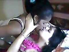 Indiani Lesbo Fare l'amore
