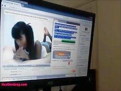 Крошечный азиатский тайский подросток Хизер Deep получает сперму в жопу после веб- камеры болельщиков не т