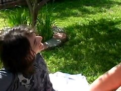 Hot young girlfriend has absolutely no gag reflex
