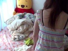 Los adolescentes asiáticos orinan en la cama