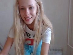 Hot danza biondi in webcam / Qual è il suo il nome ?