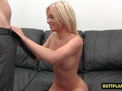 Große Brüste Pornostar Casting und Creampie