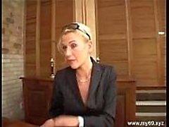 Elegante blonde Deutsch reifen in den Arsch gefickt und cumshoted