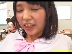 Jav Teen Mizunami scopata nel retro della classe dell'insegnante All The Other Girls Watch