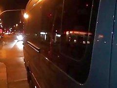 Bums Bus - Reife deutsche Blondine bekommt ihre Fotze vollgestopft mit Dick in den Van