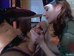 Latex gekleideten Busty Pornostar Melissas Lauren auf Fetisch Porno Aktion