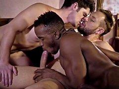 Cumshot ile büyük dick gay üçlü