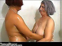 Grey Voluptueuses Mémé potelé à l'ancienne femme de âge mûr à Bath