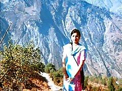 otel pakistani girl