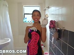 BANGBROS - Petite Latina Cleaning Lady Veronica Rodriguez Takes a Big Dick