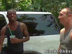 Brian Walker İlk Siyah Cock'ini Alıyor