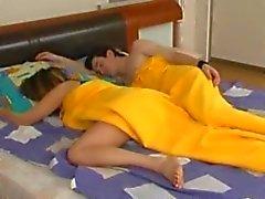 Dormire Mature si sveglia a scopare
