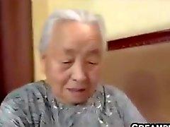 Japanin mummi on perseestä