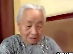 Japonês de avó sendo fodida