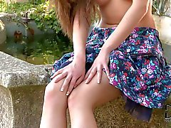 Sweet Russian model Subil Arch with sexy legs
