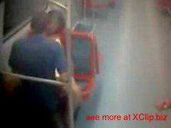 Mitternacht Geschlecht an der U-Bahn, Real Video des brasilianischen Paare Sex Sex nach rechts auf dem Trainiere
