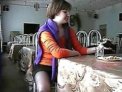 Kristal upskirt no restaurante