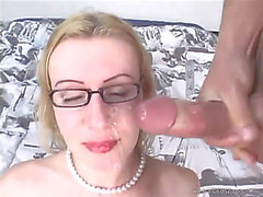 Cougar In Glasses Acquires Facial Jizz Flow After Getting Nailed Hardcore