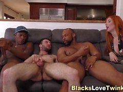 Schwarze Dudes masturbieren