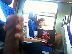 Train DI INFIAMMABILITA - una wholeDay lampeggia insieme sperma