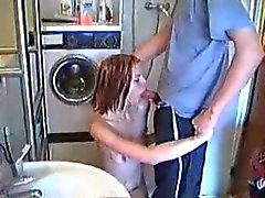 Домашний бурного секса в ванной