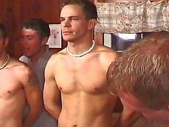 Horny uygulanan yama parçaları Sıcak grubu gay seksi kişi