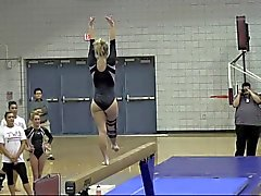 Teen blonde PAWG Gymnaste