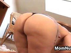 Curvy Amateur Blonde Mom Masturbates
