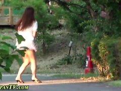 Japanese ho squats to pee