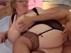 Fat Old à gros seins baisée - NakedcamwomenDotcom