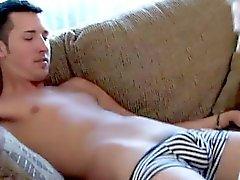 Homosexuell Videos Ich geniesse die Art und Weise Jordaniens deepthroats Pecker geht er