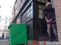 Blonden Amateure Exhibitionist Amber Stevens Upskirt Filmmaterial und public blinkenden