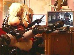 Roxina2010TheTRannyDollStory070510XXXL