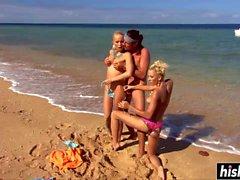 meninas louras fodida na praia