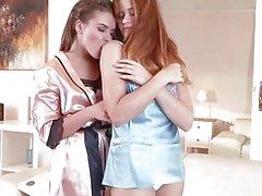 Venäläinen tyttöystäviä tehden intohimoinen rakkaus