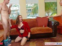 Las mamás de Naughty de diamante Foxxx y Marsha puede compartir los grifo de
