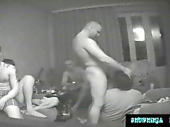 Скрытая камера Gangbang российских Десантники и Truckers