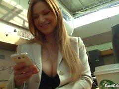 Große Brüste Sekretärin Carol Goldnerova