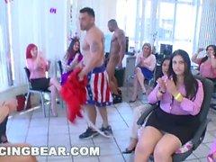 Tanzen Bär Stripper ficken