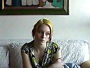 Banana Casting mit frischen schüchtern Teenager Eva
