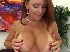 Busty y hermosa Janet Mason Solo