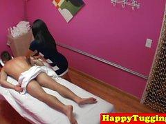 Азиатский массаж милашка едет петух на дополнительные наличные деньги
