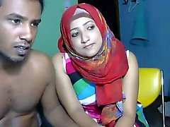 Arab honey fools around on webcam