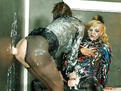 WAM femdom lesbian pusyfucking at the gloryhole