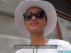 En mode PublicAgent poil court du mode africaine