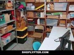 ShopLyfter - Hippy adolescente Fode Fraude Detective