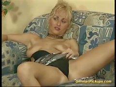 deutsche milf holte sich für ihre erste anal