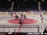 ¡Sexo en Público - En el partido de hockey