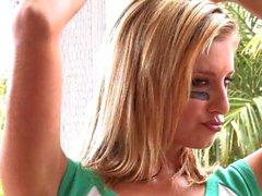 Дженни Макклейн - Футбол 2