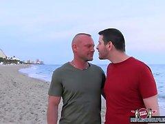 Chad Brock Pfunde die Ficksahne aus der seinem Freund Sandplatz Türme